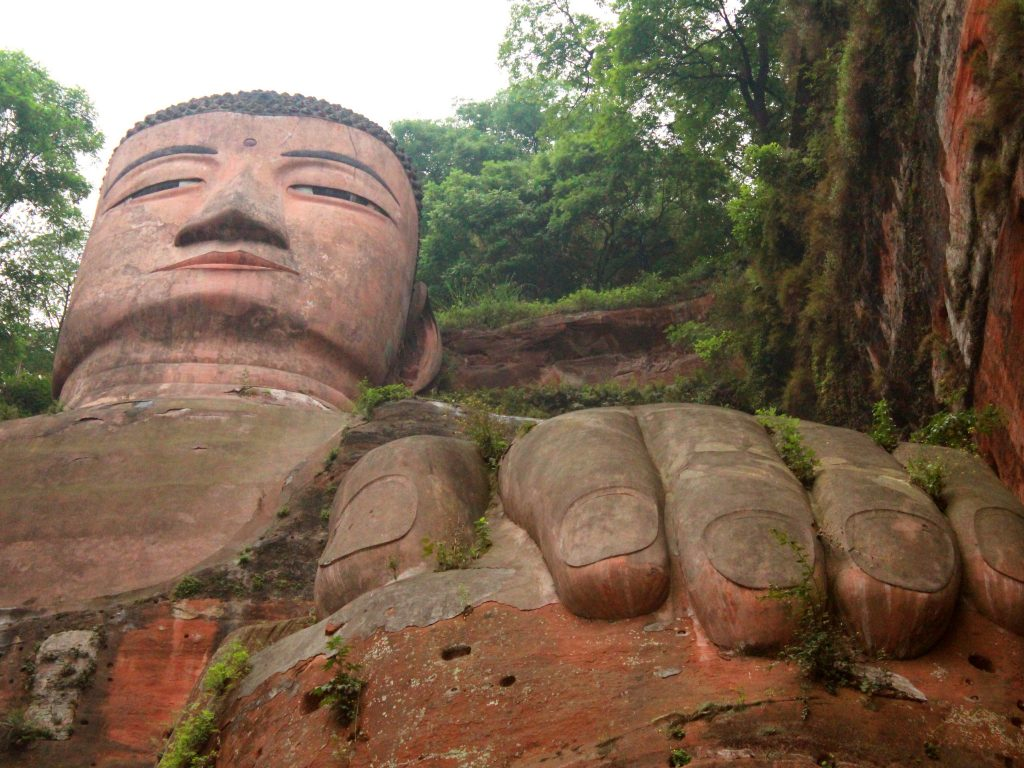 Pretty Picture Time #3 – The Giant Buddha of Leshan, China