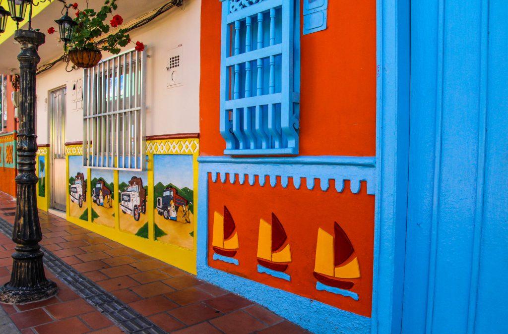 Kleurrijke-steden-Guatape