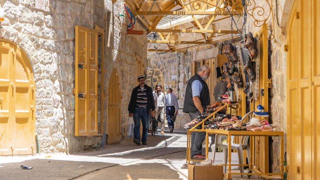 Hebron-dual-narrative-tour