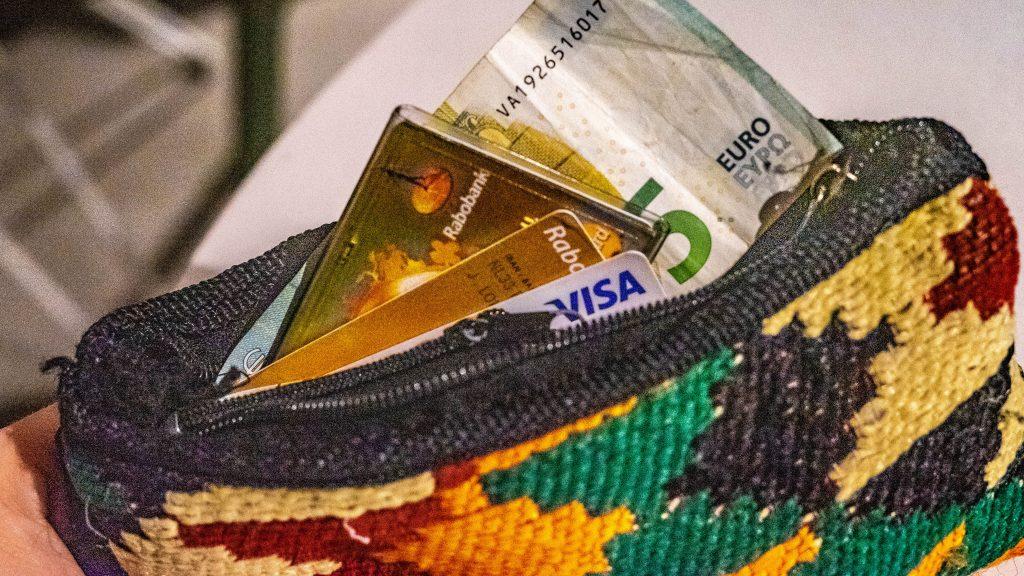 Betalen in het buitenland: tips voor reizigers en digital nomads