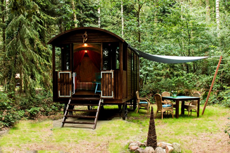 Glamping-accommodaties-Europa-natuurhuisje