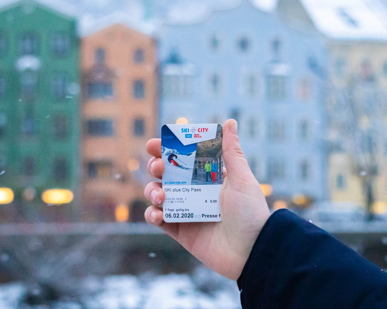 Ski-plus-city-pass-Innsbruck-in-stad