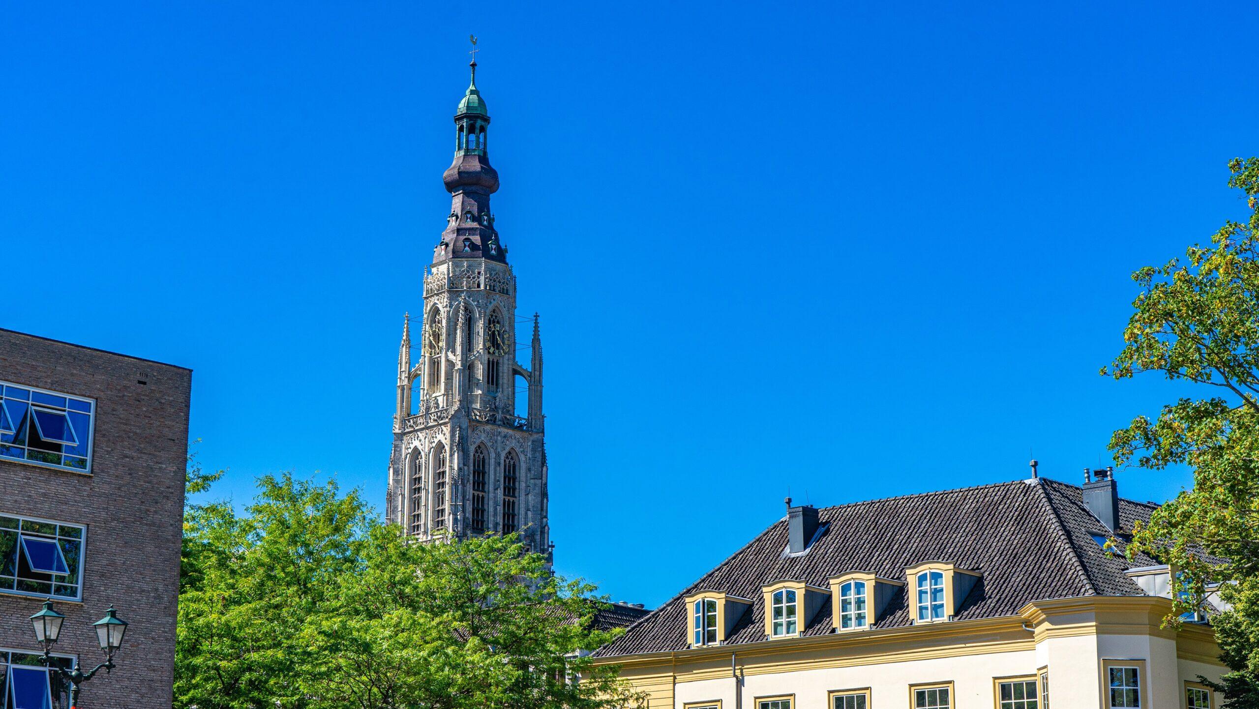 Kerktoren-grote-kerk-dagje-breda