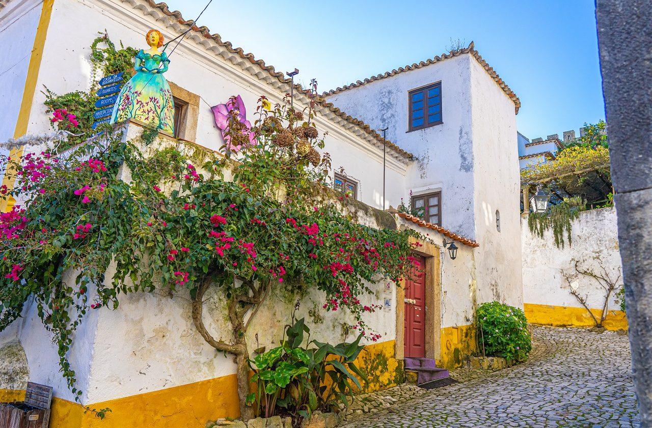 Straatje-Obidos-Portugal